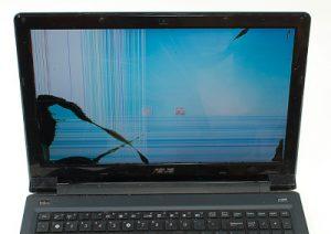cracked screen repairs in penrith
